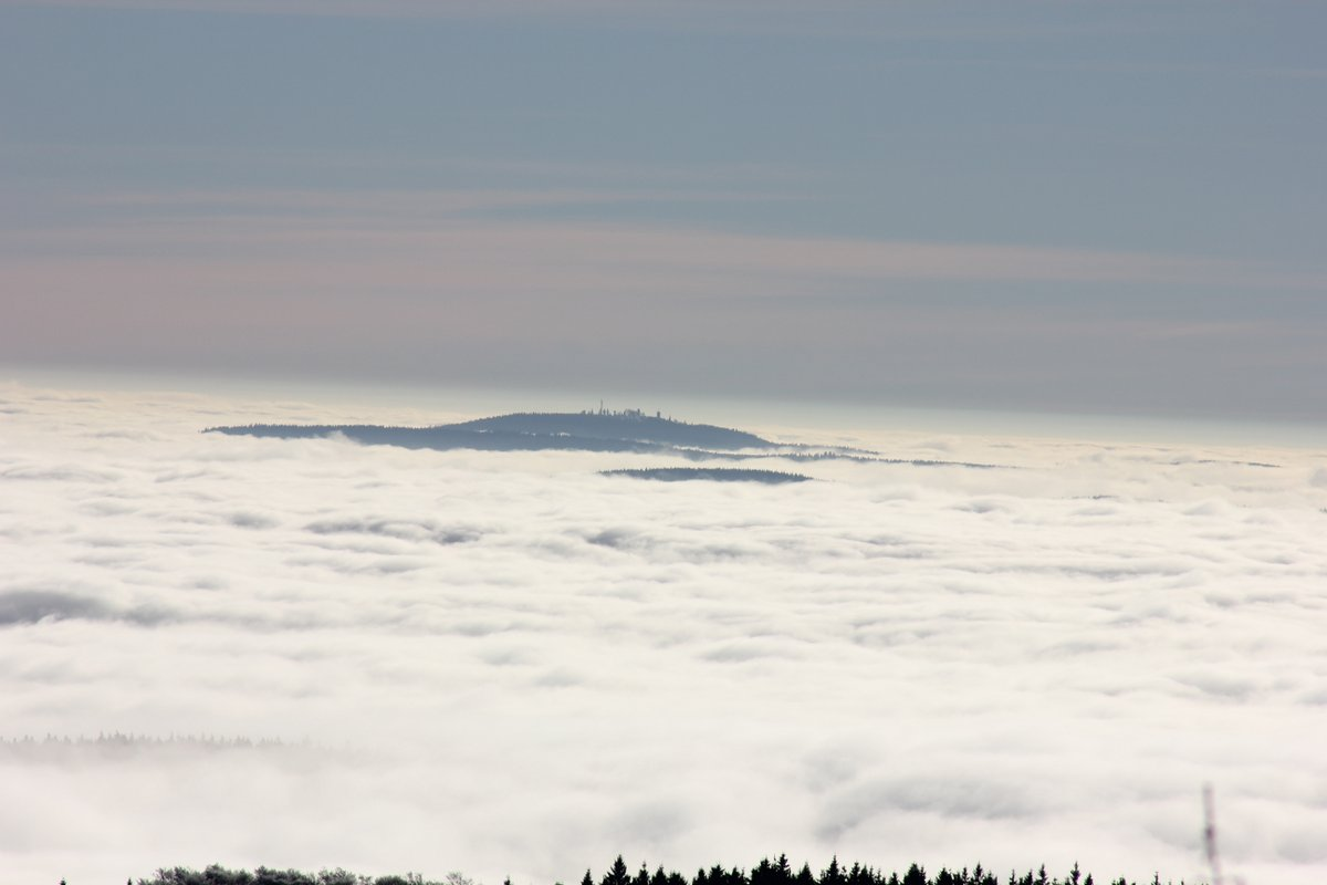 Drei Gleichen über den Wolken