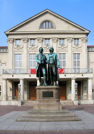 Denkmal von Goethe und Schiller