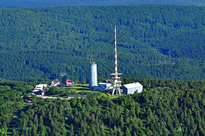 Luftaufnahme-Großer-Inselsberg_web